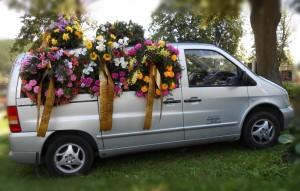 Pohřební služba Vlček - vůz Mercedes